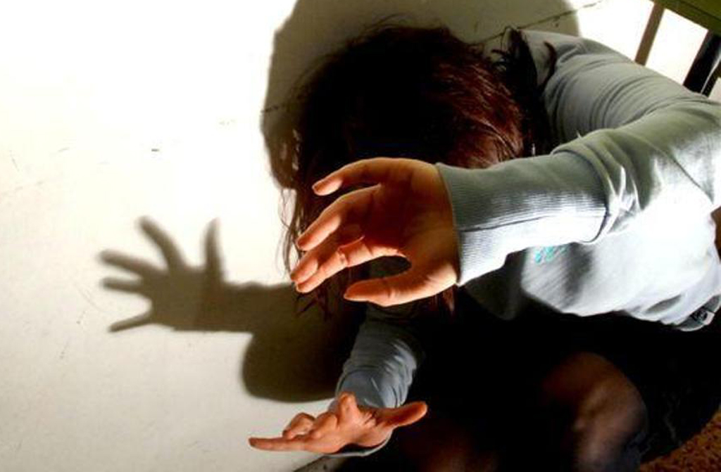 Reggio Calabria, maltrattavano alunni: arrestate due insegnanti