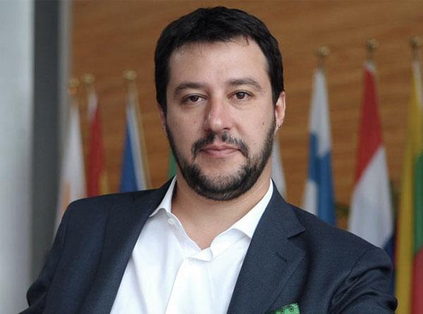 Lega Nord, Radio Padania sarà ceduta a imprenditore calabrese