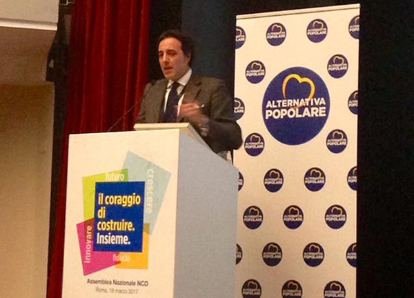 Ncd addio, Alfano lancia Alternativa popolare: primarie per la leadership