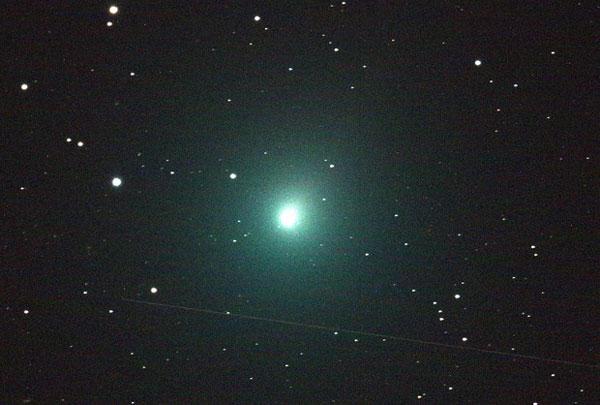 Stella Cadente Di Natale.Questa Notte Il Picco Delle Stelle Cadenti Di Dicembre Arriva Anche La Cometa Di Natale Il Lametino It