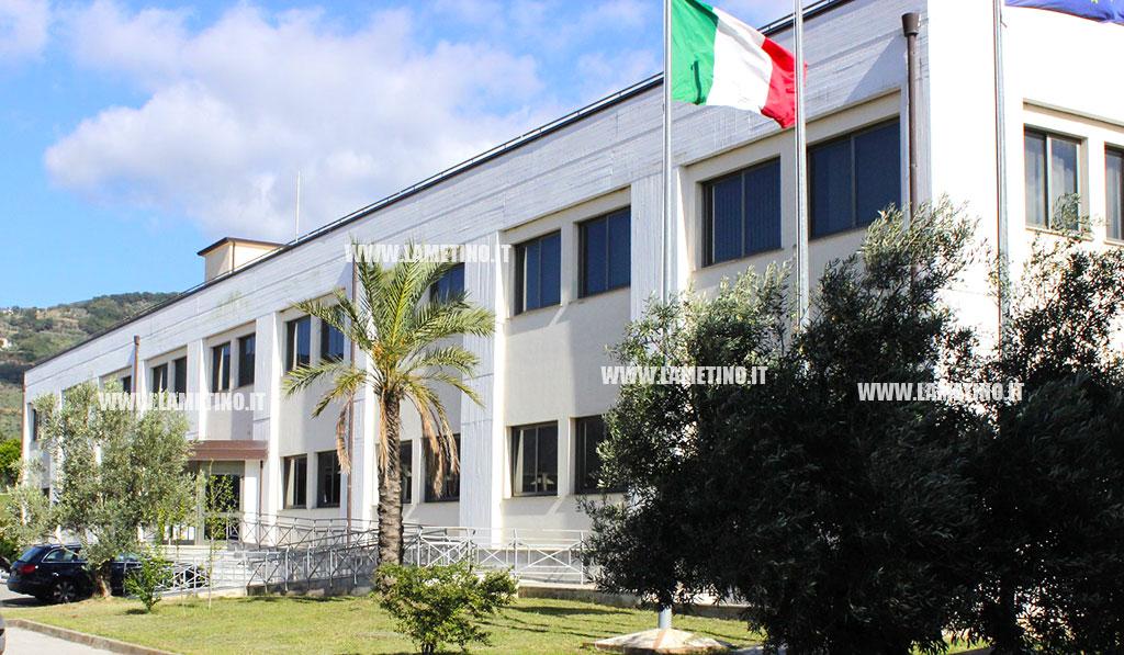 Lamezia, è ufficiale: Comune sciolto per mafia