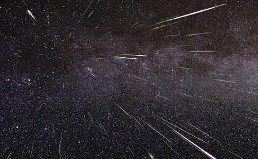Per metà dicembre oltre alle spettacolari Geminidi ritorna l'asteroide Phaethon