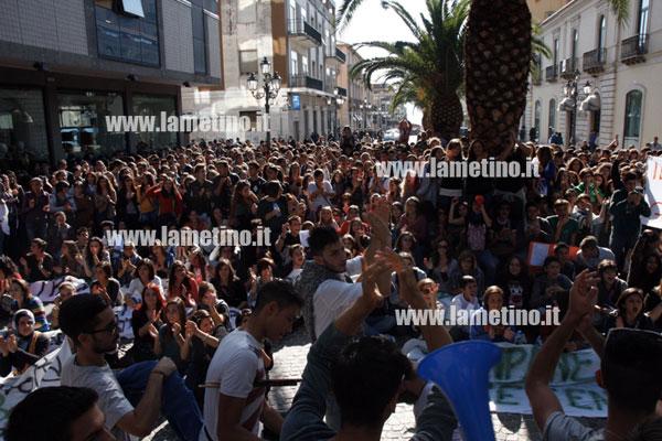 manifestazione-studenti-nov-2012-bis