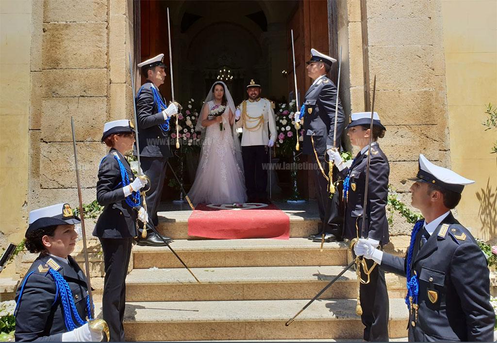 Matrimonio In Alta Uniforme Esercito : Matrimonio in alta uniforme storica e picchetto d onore