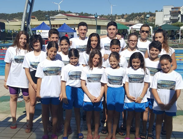Arvalia nuoto lamezia al trofeo libertas citt di for Piscina olimpionica crotone