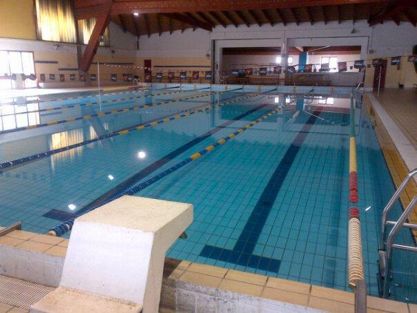 Calabria cogeis lascia gestione piscina villapiana il - Piscina comunale levico terme ...
