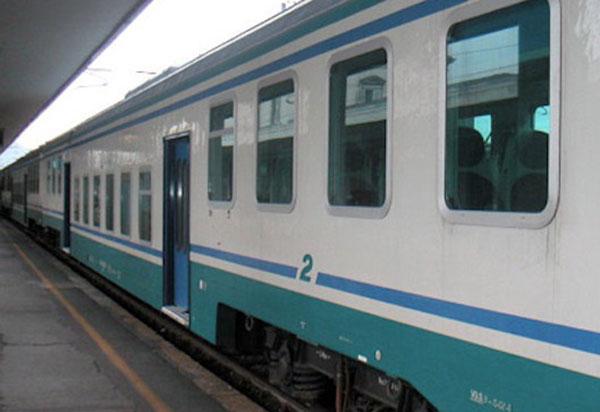 Quindicenne travolta e uccisa da treno a Fuscaldo